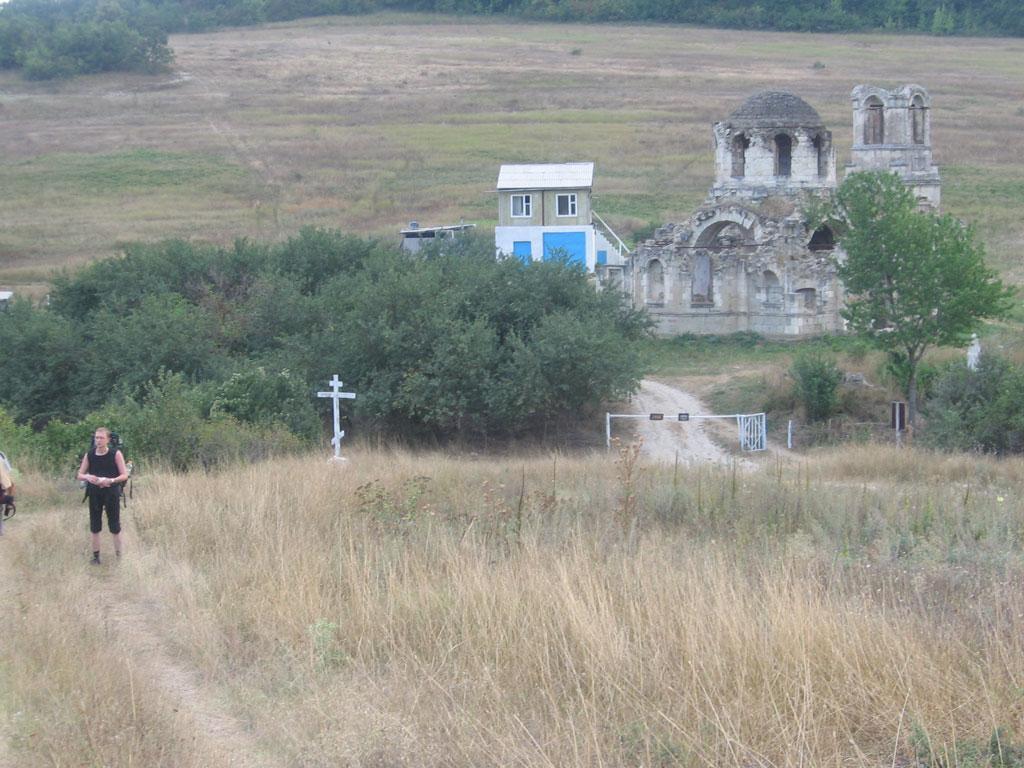 Лаки. Церковь